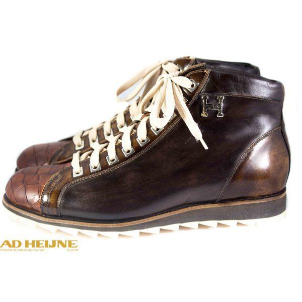 676-harris-sneaker_2_big_image