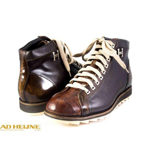 676-harris-sneaker_3_big_image
