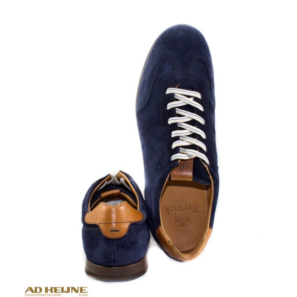 Berwick_4998_herensneakers_blauw_suede_big_image