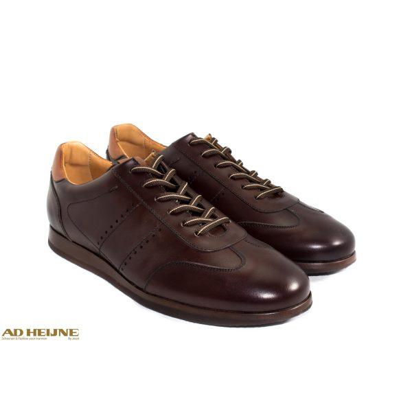 Berwick_4998_sneakers_bruin_leer_big_image