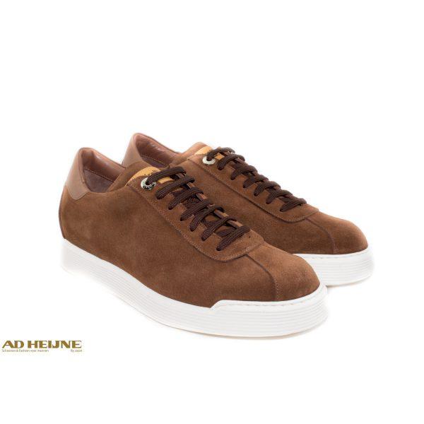 robert_botticelli_sneakers_bruin_suede_1__big_image