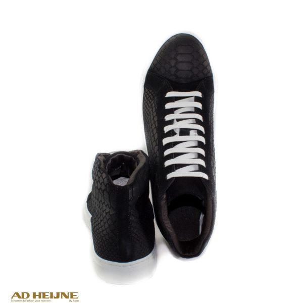 sneakers_zwart_nubuck_big_image